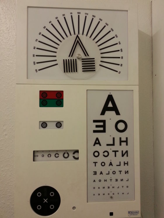 Keeler wireless Eye Testing Chart, multi function  | Reduced to